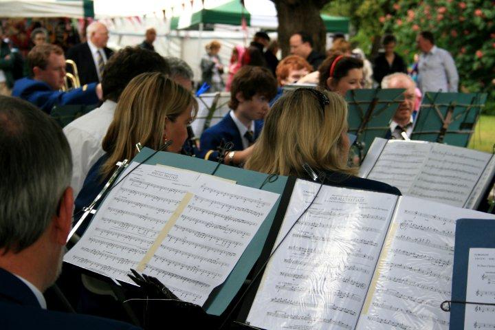 musical_scores_colour