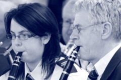 sinead___terry_playing_clarinets_bw